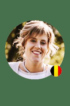 Een Vlaamse stem gezocht voor je voicemail? Gitta heeft een warme stem en een duidelijke uitspraak.